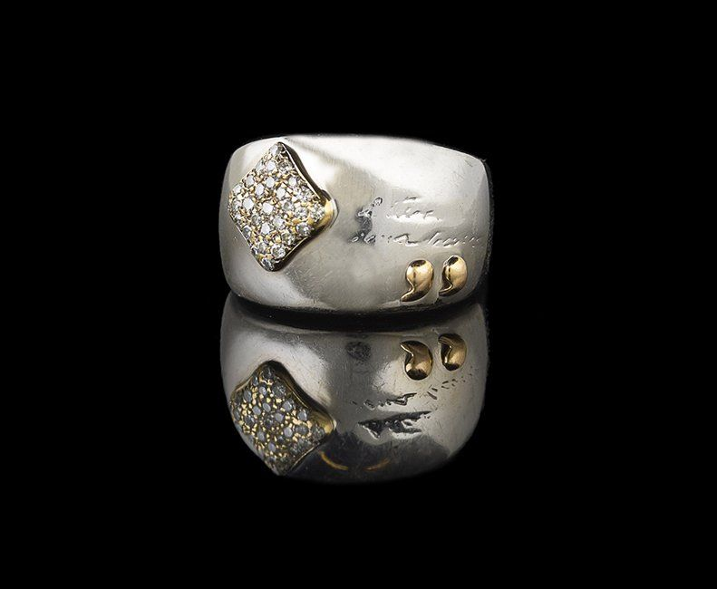 La Nouvelle Bague 18 Kt. Gold and Diamond Ring