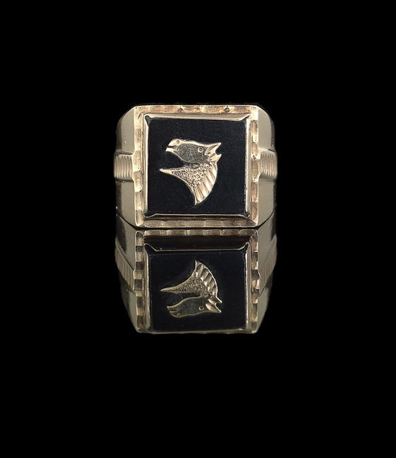 Gentleman's 10 Kt. Gold and Black Onyx Ring