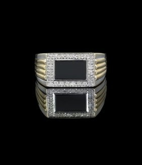 Gentleman's 10 Kt. Gold, Onyx & Diamond Ring