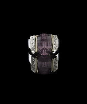 18 Kt. White Gold, Pink Spinel and Diamond Ring