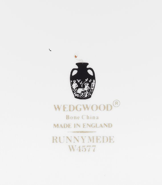 "Service of Wedgwood ""Runnymede"" Porcelain - 3"