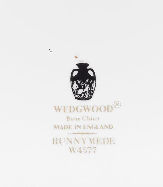 "Service of Wedgwood ""Runnymede"" Porcelain - 3"
