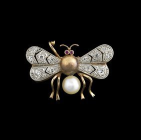 18 Kt. Gold, Pearl and Diamond Insect Pin
