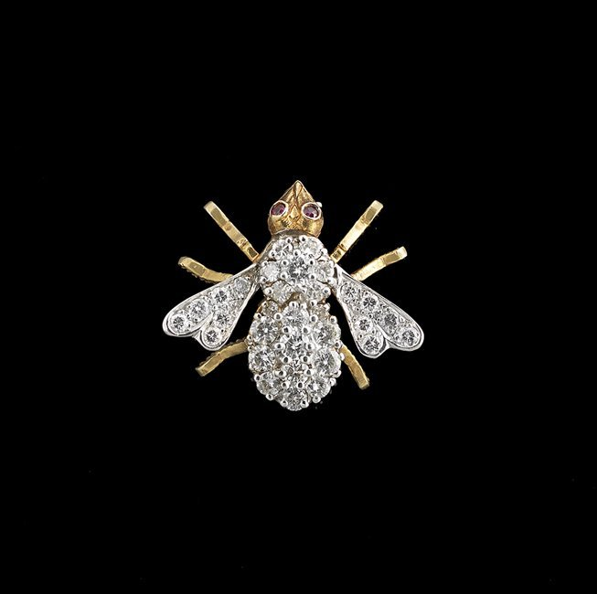 18 Kt. Gold and Diamond Bee Pin