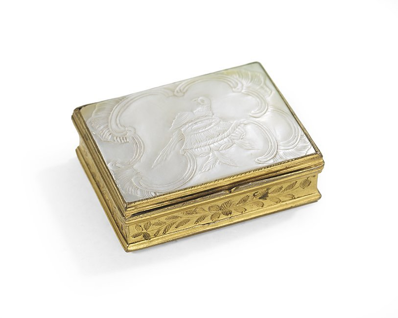 Louis XVI Mother-of-Pearl Patch and Rouge Box