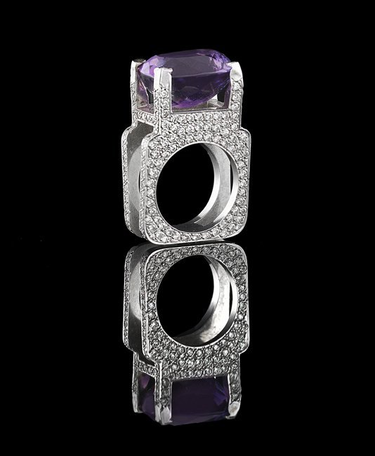 18 Kt. Gold, Amethyst and Diamond Ring
