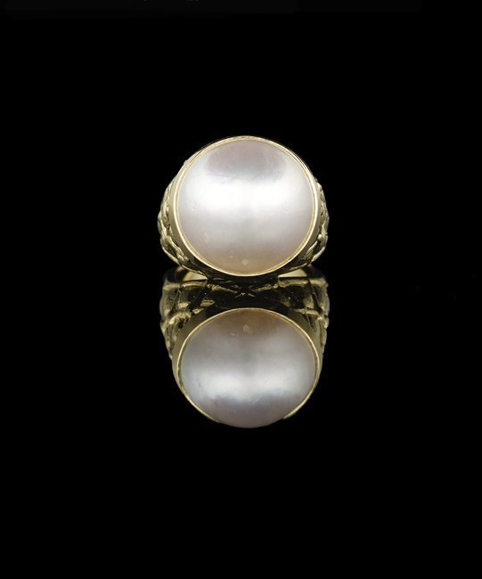 18 Kt. Gold and Mabe Pearl Ring