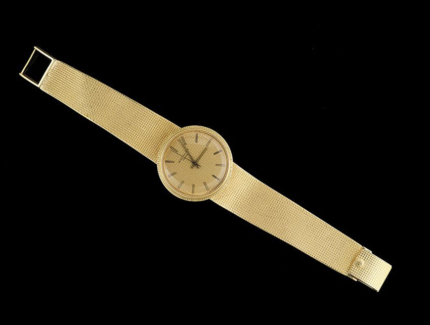 Men's Patek-Philippe Gold Calatrava Wristwatch