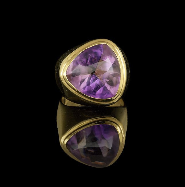 Gentleman's 18 Kt. Yellow Gold and Amethyst Ring