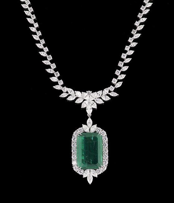 18 Kt. White Gold, Emerald and Diamond Necklace