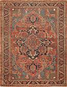 Antique Persian Heriz carpet  Size 96 x 122