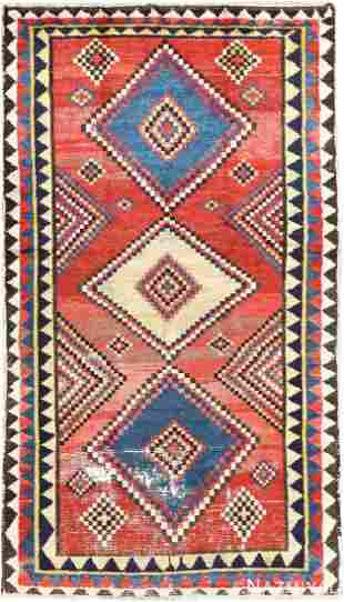 VINTAGE QASHQAI GABBEH RUG Size: 5 ft x 8 ft 8 in