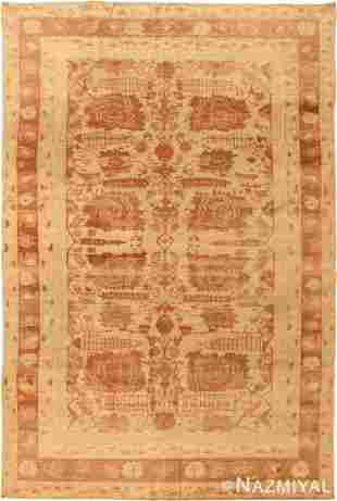 ANTIQUE INDIAN AGRA RUG. 8 ft 7 in x 5 ft 10 in