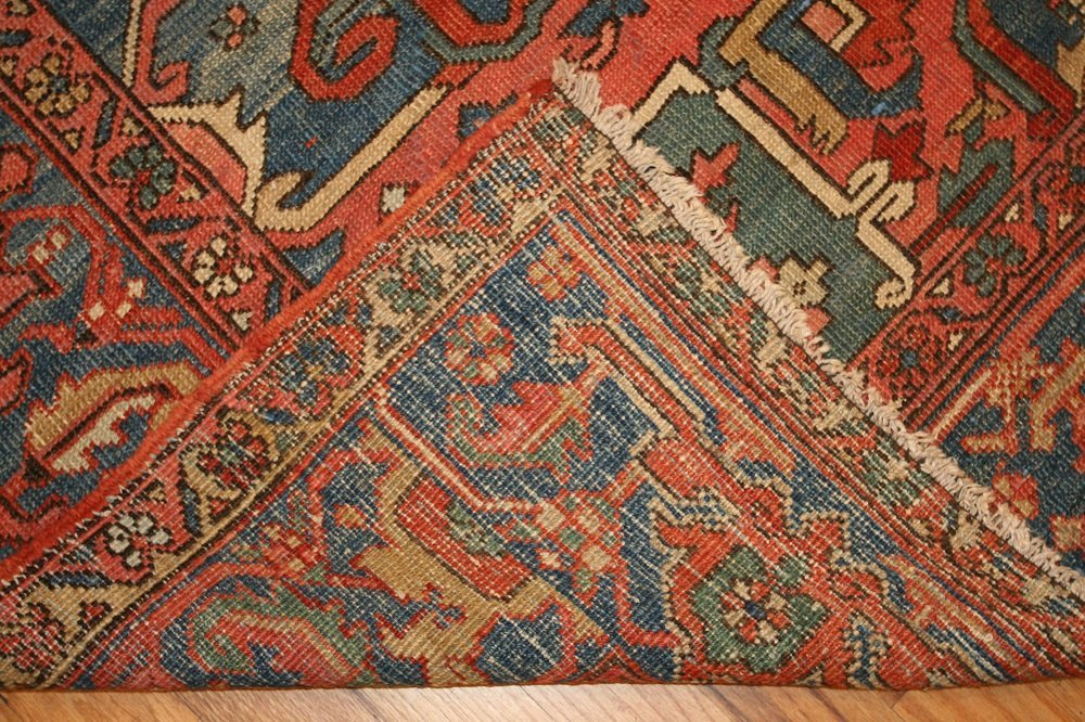 Antique Geometric Persian Heriz Serapi Carpet / Rug - 9