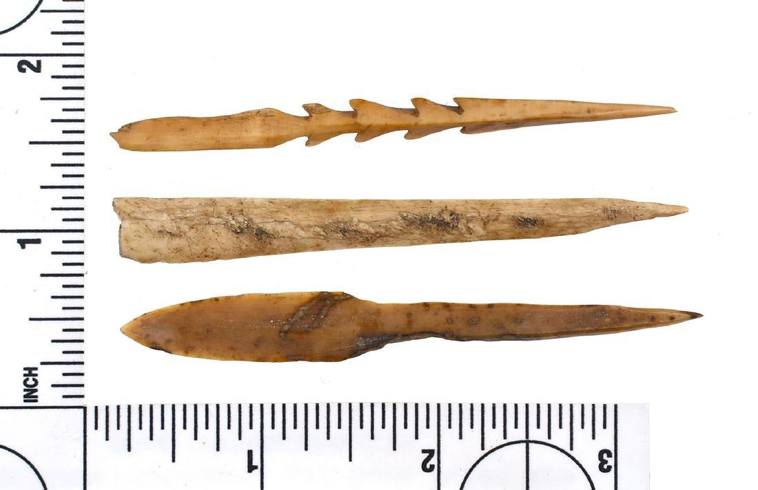 2 Inuit Bone Arrowheads, 1 Bone Awl - 2