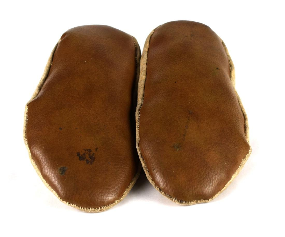 """Pair of 9 5/8"""" Sioux Moccasins - 4"""