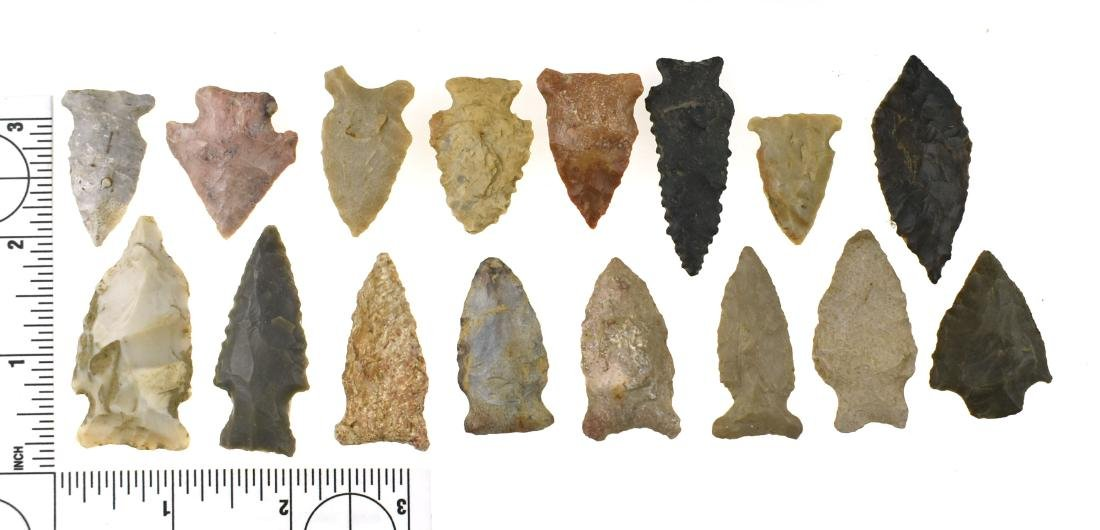 Lot of 16 Kentucky Arrowheads
