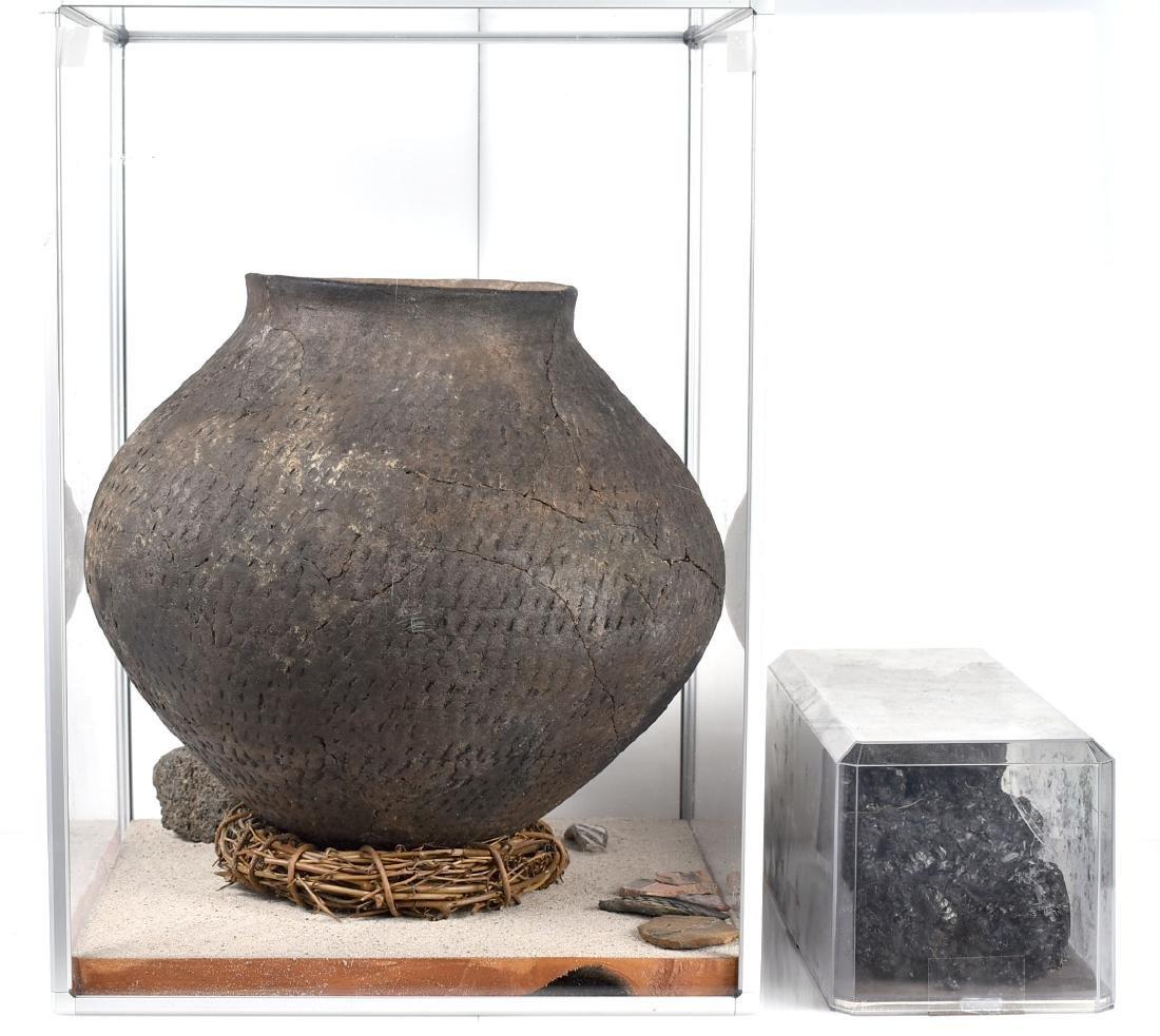"""MASSIVE 14x11.75"""" Puebloan Pot *Restored - 2"""