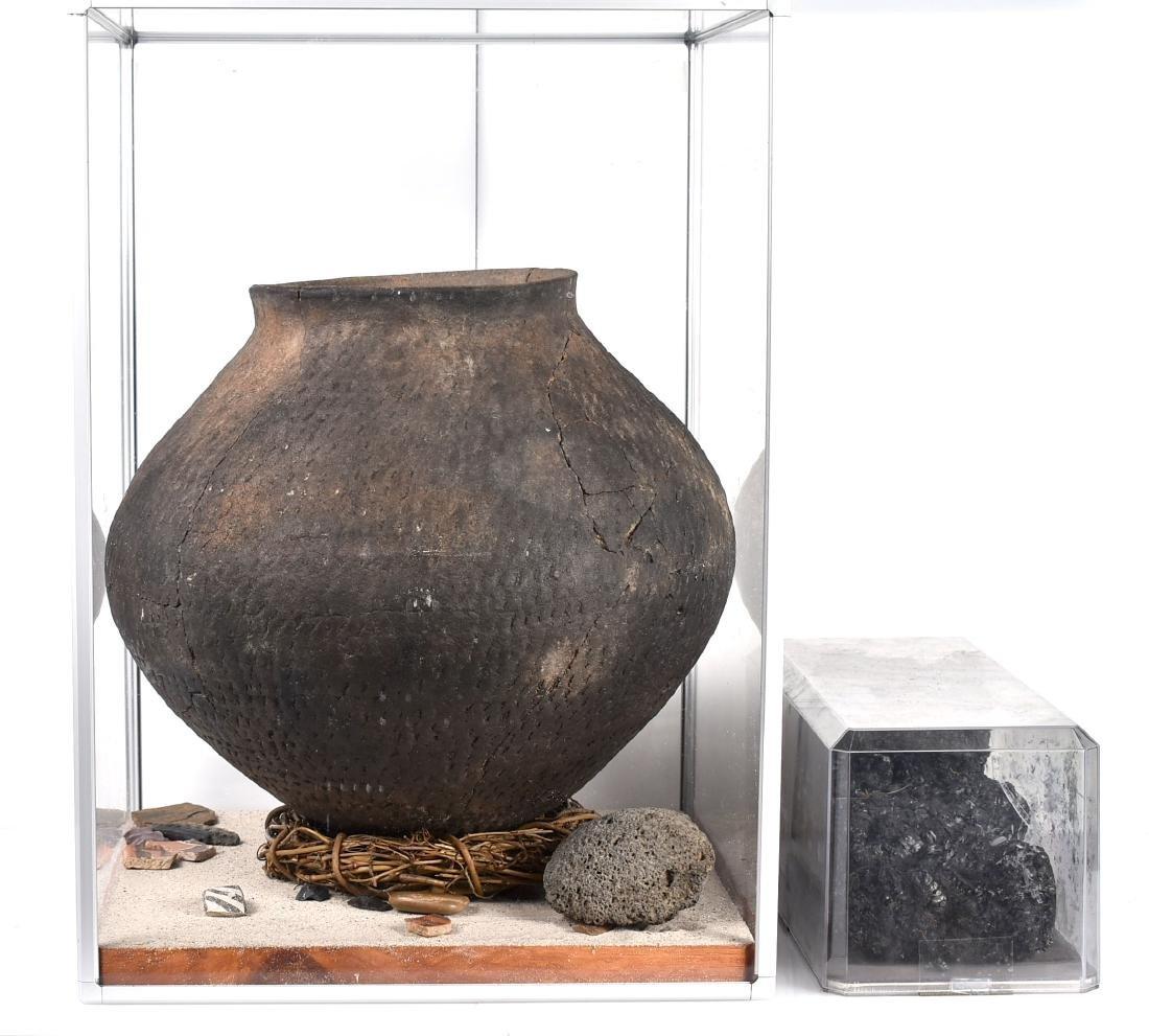 """MASSIVE 14x11.75"""" Puebloan Pot *Restored - 4"""