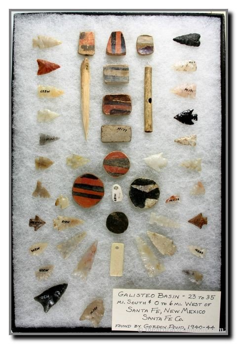137: Excellent Frame of New Mexico Points and Artifacts