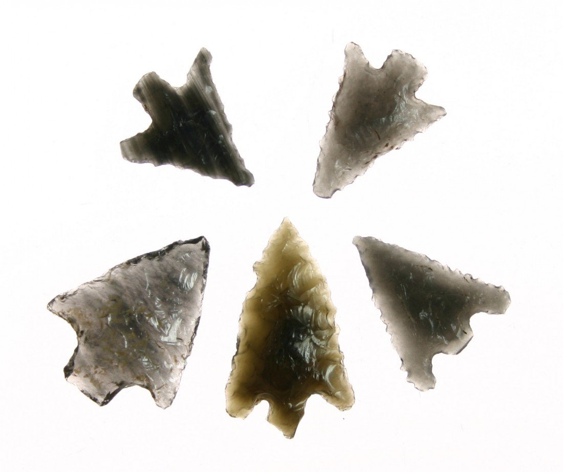 20: 5 Super Translucent Obsidian Darts