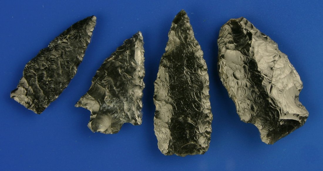 81: 4 Excellent Obsidian Arrowheads