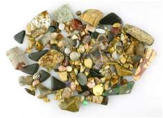 Mixed lot of polished lapidary stones.