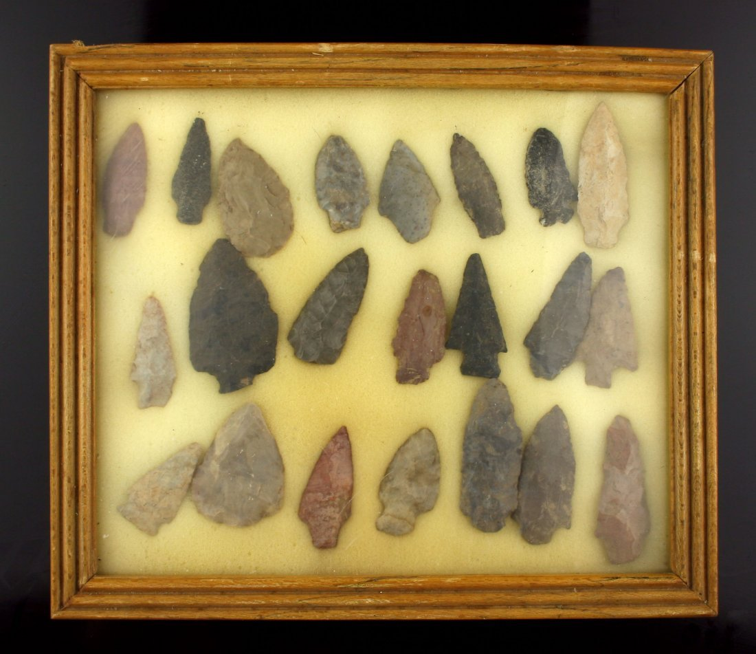Nice Display of 22 Larger Kentucky Arrowheads