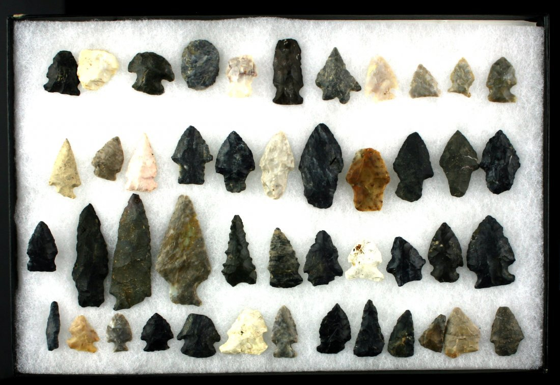8x12 Display of 46 Archaic Ohio Points