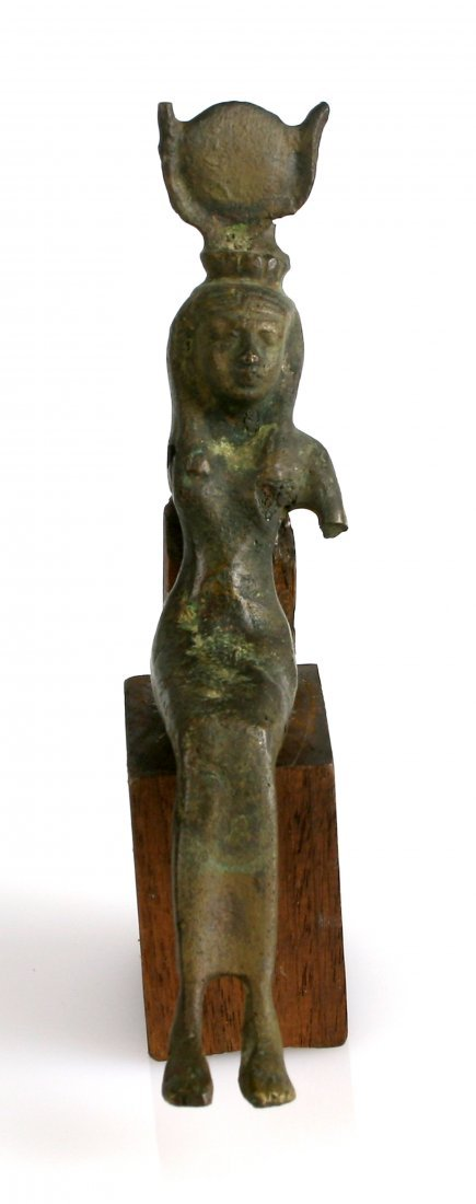 Seated Bronze of Isis - CLEANED *READ DESCRIPTION - 4