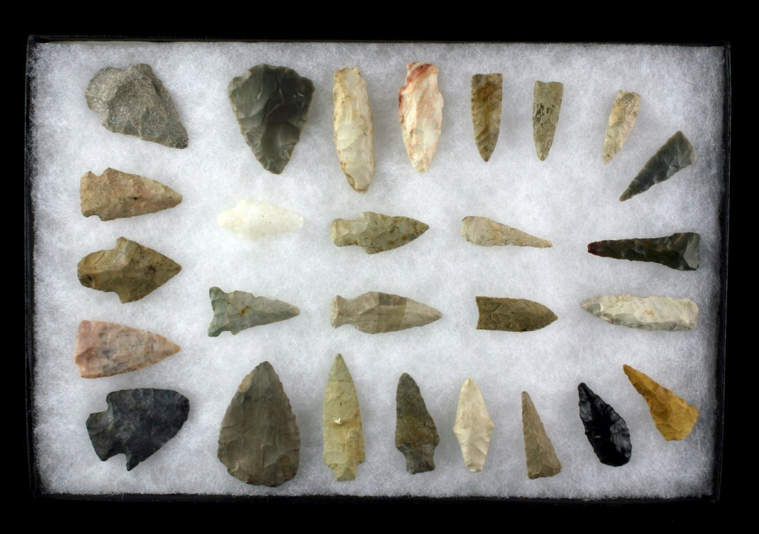 8x12 Display of 27 Arrowheads