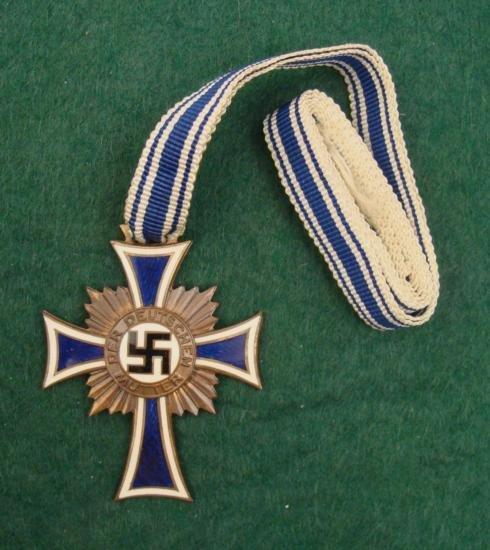 ORIGINAL BRONZE NAZI MOTHERS CROSS W/FULL RIBBON-GREAT