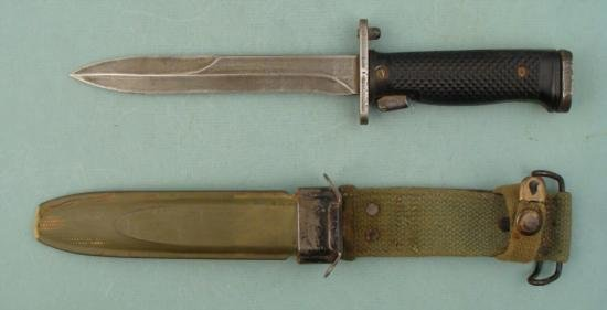 US BAYONET-KNIFE M5A1 BY MILPAR W/M8A1 SCABBARD
