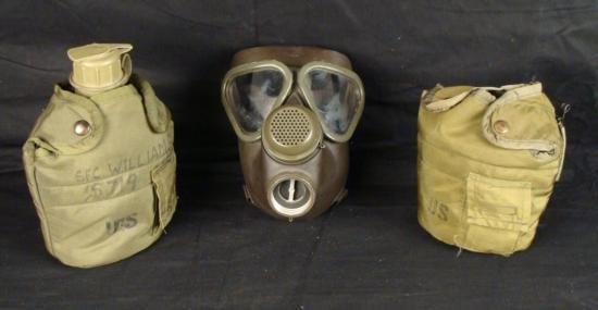US MILITARY 3 PIECES-VIETNAM: GASMASK CANTEEN POUCH