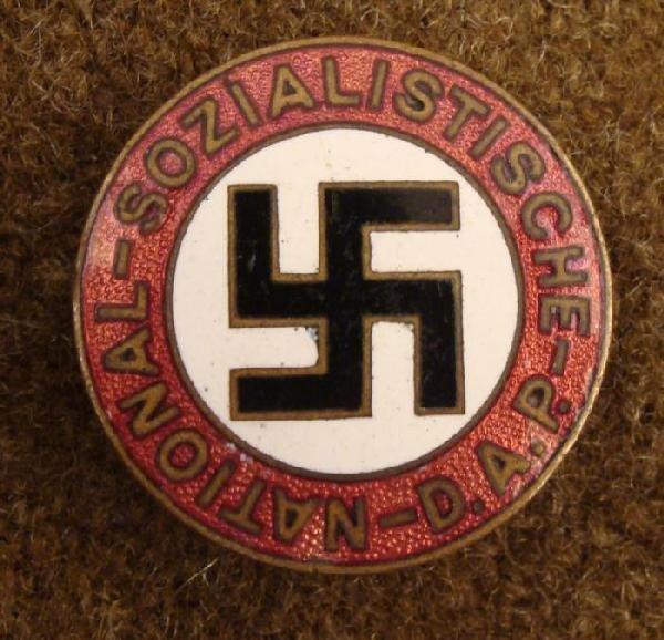 ORIGINAL NAZI PARTY PIN FOR MEMBERSHIP-NSDAP-ENAMEL