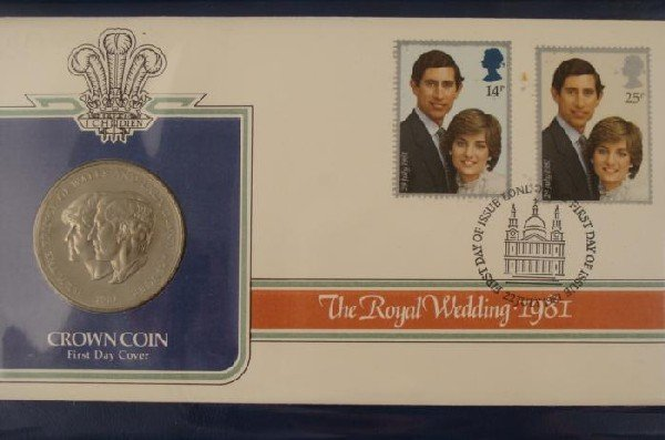 1981 British Royal Wedding Commemorative Coin Stamp Set - 2