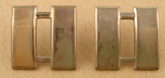 2 Pc Lot U.S. Military Insignia WWII Captains Bars PINS