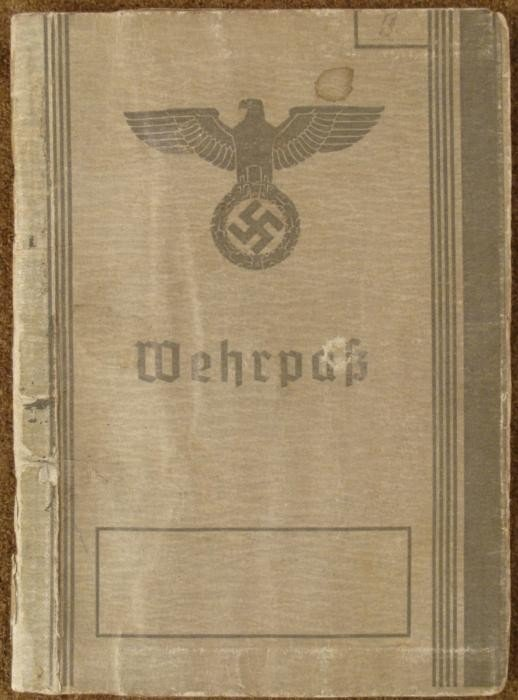 NAZI WWII ORIG WEHRPASS/MILITARY ID FOR A SOLDIER+PHOTO