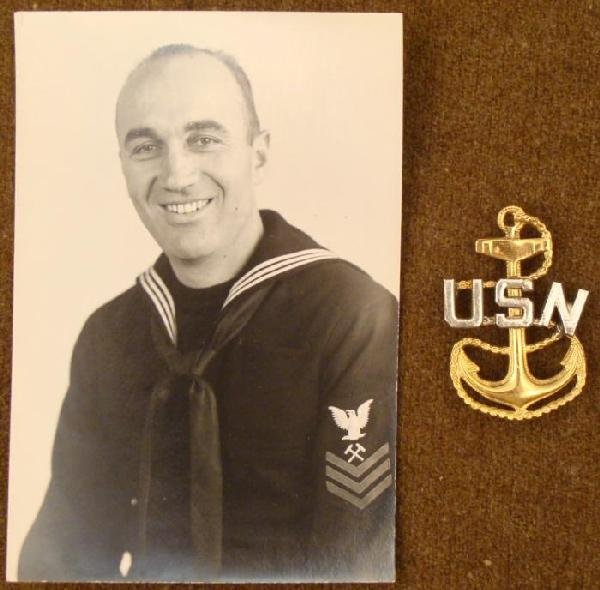US NAVY FOULED ANCHOR INSIGNIA IN SILVER GOLD w/PHOTO