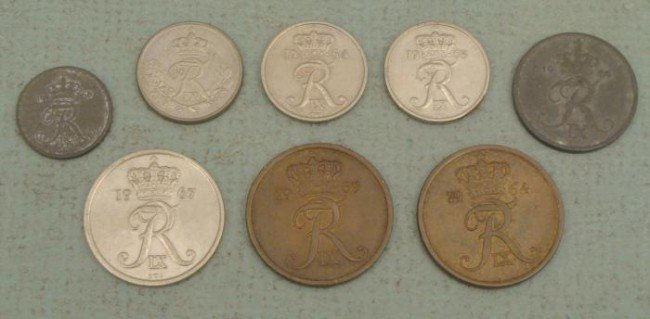 Lot 8 Vintage Denmark Coins 1-25 Ore 1954-1967