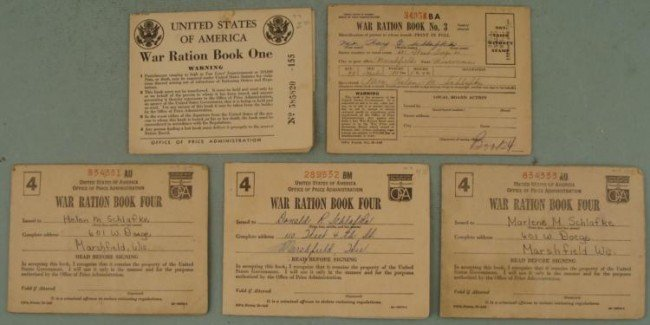 5 WWII RATION BOOKS OF THE USA-MANY RATION W/ STAMPS