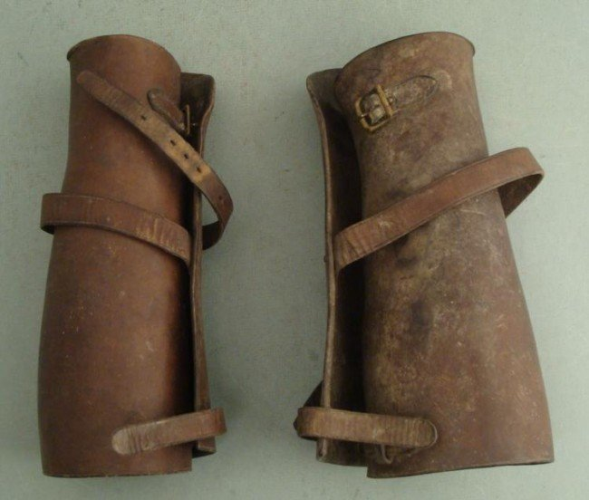 PAIR OF WWI U.S. DOUGHBOY LEATHER LEGGINGS W/STRAPS