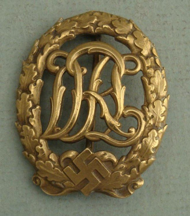 NICE ORIGINAL NAZI DRL SPORTS BADGE EARLY NUMBERED DRGM