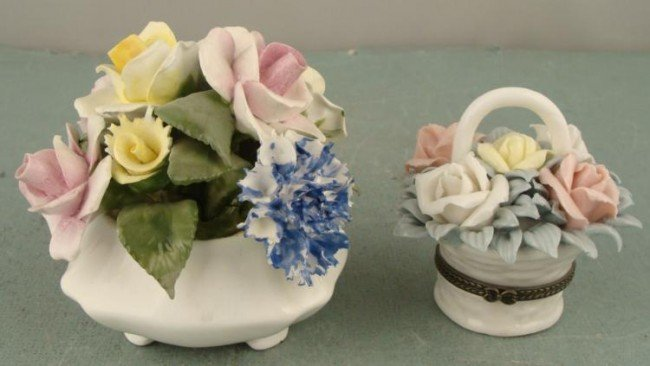 2 China Floral Arrangement Flowers Radnor, English