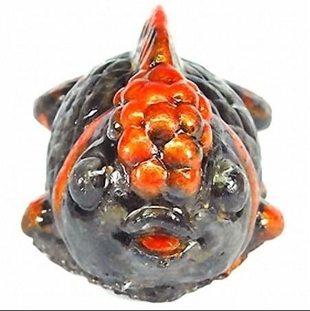 EXTREMLY RARE PIECE 420 CT GOLD FISH STATUE BLACK STAR