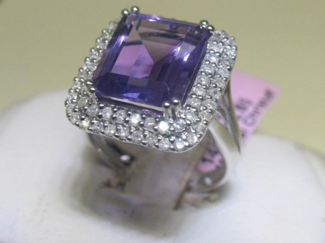 14K White Gold Purple Amethyst Diamond Ring Size 6 1/2
