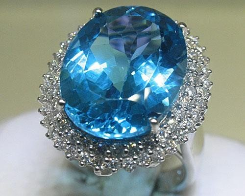14K White Gold Blue Topaz Diamond Ring Size 6 1/4