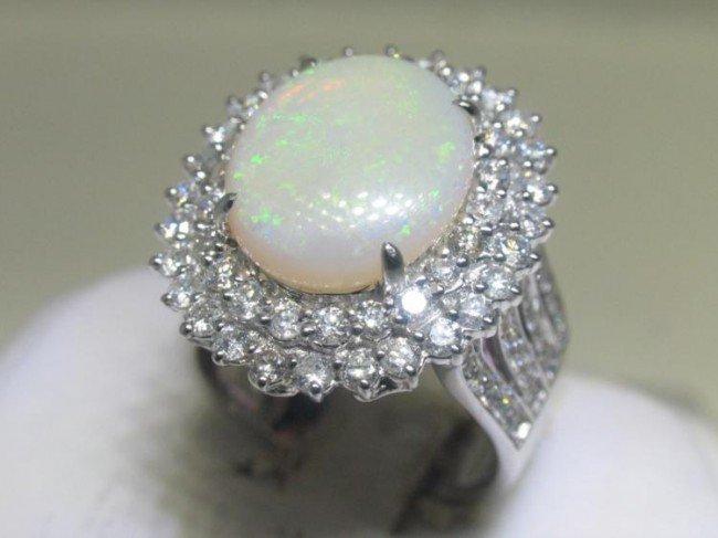 18K White Gold Opal Diamond Ring Size 6 1/2