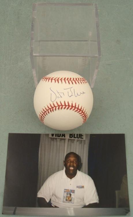 Vida Blue Signed Baseball w/ Photo, Cube