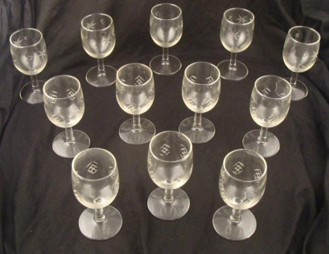 12 Etched Glass Vintage Wine Glasses 1960s